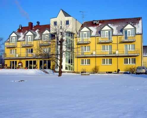 Das Landhotel Löwenbruch an einem verschneiten Dezembertag
